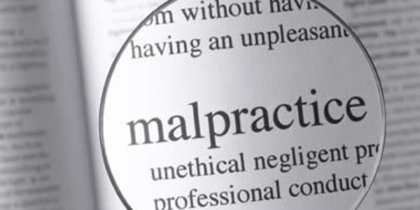 Signs-Your-Doctor-is-Guilty-of-Medical-Malpractice