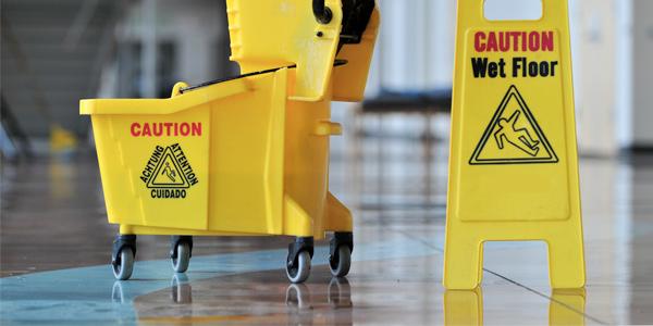 cleaning-wet-floor